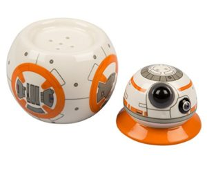 41WsxguEjOL 300x250 - Star Wars: The Last Jedi BB-8 Ceramic Salt and Pepper Shakers - Stackable 2 Piece Set