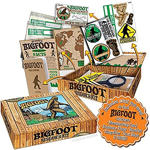 "61QcC kJHDL - Archie McPhee Accoutrements Bigfoot Sasquatch Outdoor Research Kit Novelty Gift, Multicolored, 7"" x 5"" x 1-1/2"""